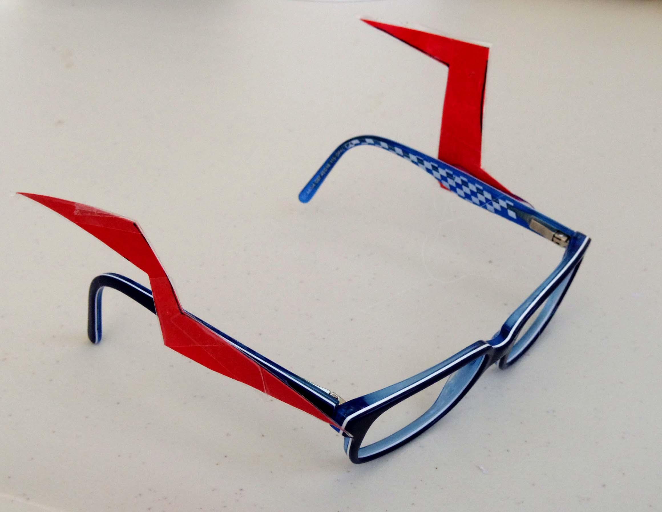 lunettes customiser d tournement d objet perception visuelle regarder transformer marina. Black Bedroom Furniture Sets. Home Design Ideas